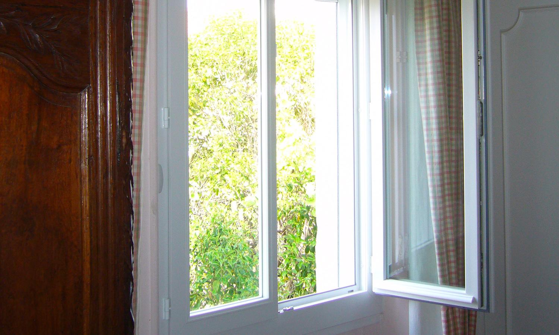 Miroiterie-Degivry-Toulon_Fenetre-PVC